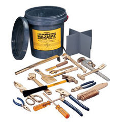 AST065-M-51 - Ampco Safety Tools17 Piece Tool Kits