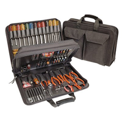 CHT188-TCS100ST - Cooper IndustriesModel TCS100ST Tool Kits