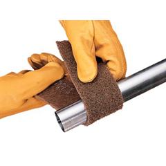 3MA405-048011-05206 - 3M AbrasiveScotch-Brite™ Cut and Polish Roll Pads