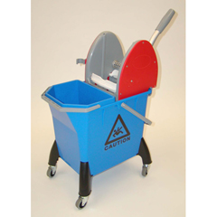GPS400DW9 - GeerpresMopping Trolley - Small With Downpress Wringer And 9 Liter Front Reservoir