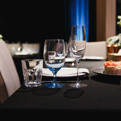 MNBTL-85X85-BLACK - Monarch BrandsMariposa Table Linen