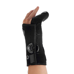 MON32513001 - DJOHand Brace Exos Boxers Fracture Brace Thermoformable Polymer Right Hand Black Medium