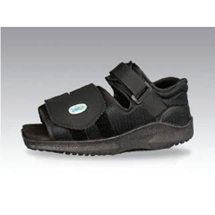 MON63883000 - DarcoPost-Op Shoe MedSurg Large Black Female