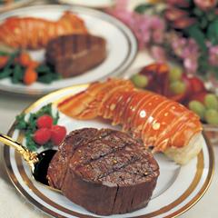 OMS4440 - Omaha SteaksFilet Mignons & Lobster Tails